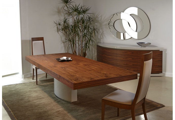 Mediale Rectangular Extension Dining Table w/ Valentino Base