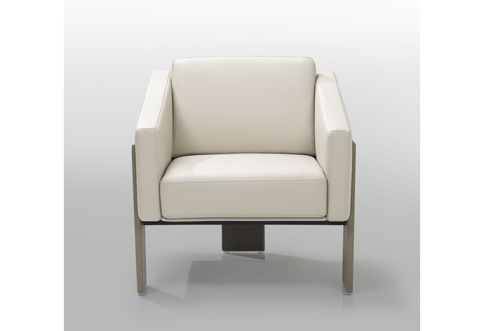 AC96 Nicole Chair Showroom Sample