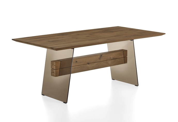 Liv Dining Table 1522