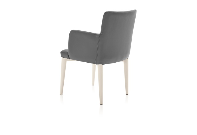 Mediale Arm Chair